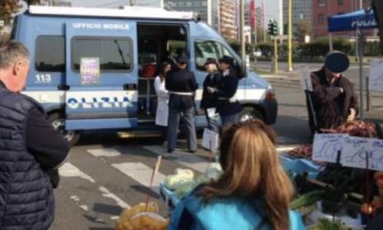 Un camper itinerante della polizia contro la violenza di genere