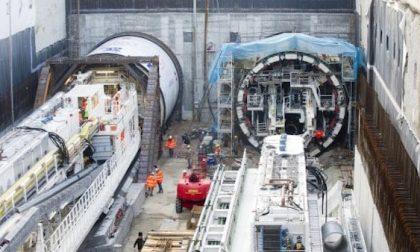 Incidente al cantiere della metro, è morto l'operaio sepolto a 18 metri di profondità