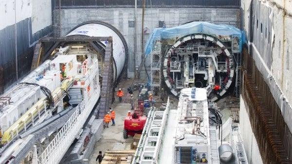 metro operaio sepolto