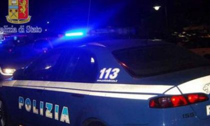 Rapinano con un taglierino due ragazzi: arrestati un 14enne e il complice di 15 anni
