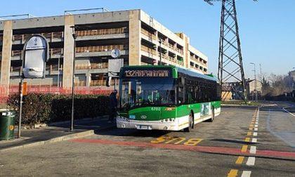 """Ragazzino cinese insultato alla fermata, """"Non è salito sul bus per paura"""""""