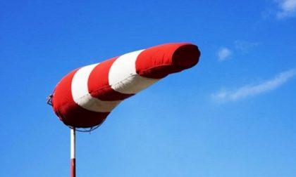 Da domani nuova allerta meteo per vento forte in Lombardia FOTO