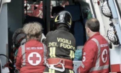 Auto si ribalta e uccide un pedone: a bordo tre 19enni di Cesano
