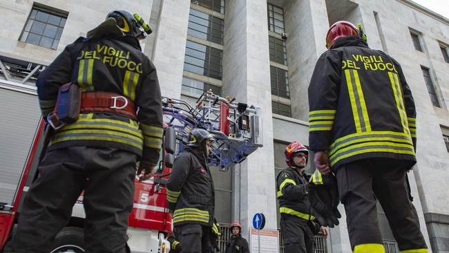 incendio Palazzo Giustizia Milano
