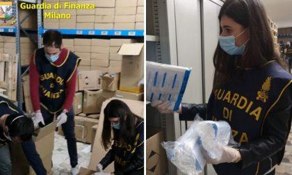 Commercio illegale di mascherine, guanti e gel: maxi sequestro della Finanza