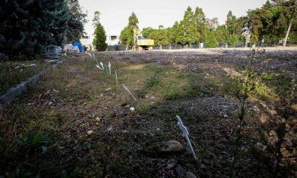 Uno spazio al cimitero per 61 morti da coronavirus che non avevano parenti