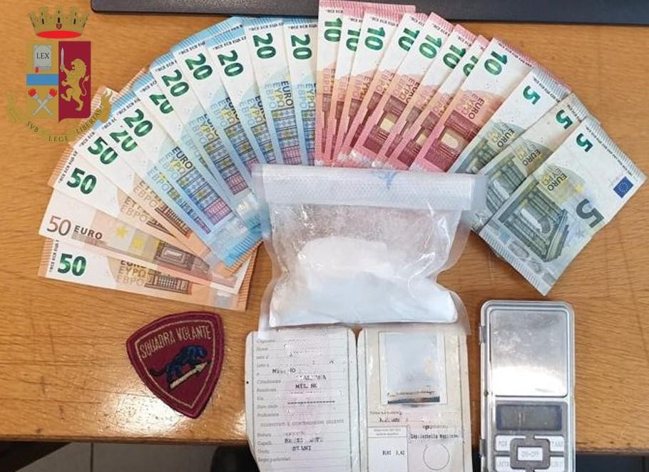 droga arrestato spacciatore