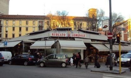 Regione Lombardia corregge ordinanza: sì a mercati coperti, distributori automatici e vendita online e a domicilio