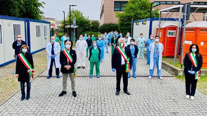 Sindaci ospedale Humanitas lavoratori