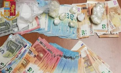 Oltre 200 grammi di cocaina nascosta in casa: arrestati tre spacciatori