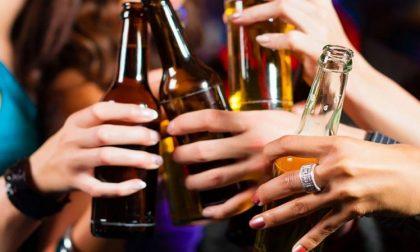 Provvedimento anti assembramenti: stop alla vendita di alcolici da asporto alle 19