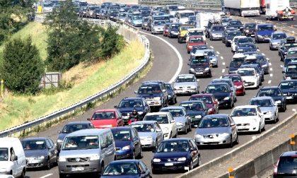Incidente sulla Tangenziale Ovest: traffico bloccato per diversi chilometri