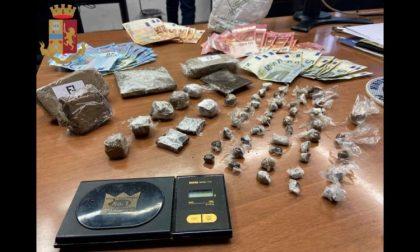 Vende dosi di hashish nella sua edicola: arrestato spacciatore