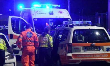 Violenta rissa in via Pepe finisce a coltellate: tre feriti