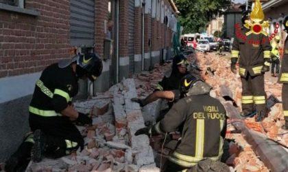 Tragedia ad Albizzate, tre le vittime: due bimbi e la madre  FOTO