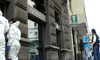 Rapina in banca: via con oltre 65mila euro, ostaggi chiusi in bagno