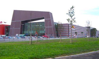 Auchan Cesano, l'ipermercato passa da Margherita Distribuzione a Bennet