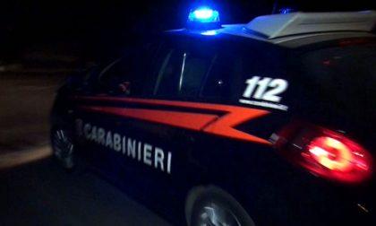 Tassista offre un passaggio a una 19enne e ne abusa: arrestato