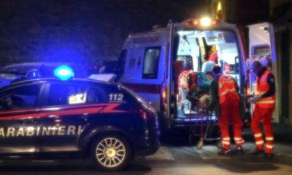 Trovato accoltellato nella notte a Rozzano, indagini in corso