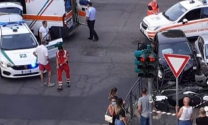 Scontro tra auto e moto, due feriti rimasti coinvolti nell'incidente
