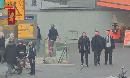 Da Napoli a Milano e Parigi, in trasferta per rubare orologi di lusso: 5 arresti