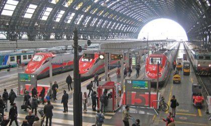 Tentano di rubare il tablet a un viaggiatore: rissa alla stazione centrale
