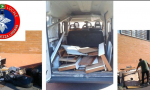 Beccati a scaricare mobili in strada: 13mila euro di multa per i due incivili