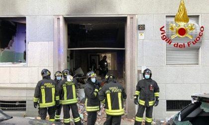 Esplosione nel palazzo, svolta nelle indagini: il tubo del gas era staccato