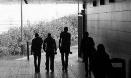 Baby gang di 14enni aggredisce due bambini di 9 e 12 anni per rapinarli