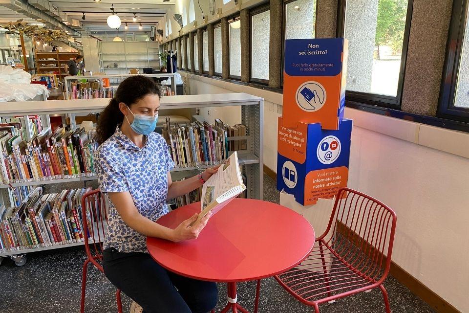 biblioteca riapre sicurezza