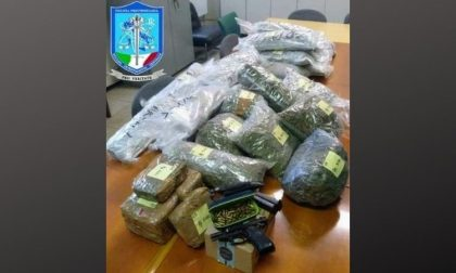 Quasi 35 chili di droga e una pistola nel box: arrestati i fratelli Mascari