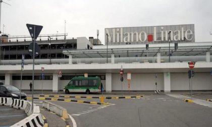Tenta di imbarcarsi su un volo per Dublino con documenti falsi: arrestato