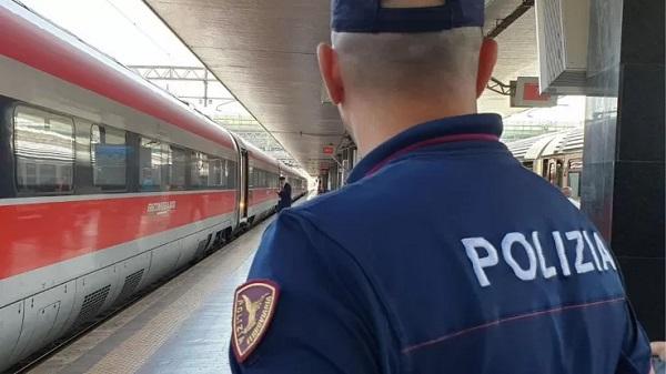 Senza biglietto sul treno