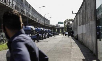 """Rivolta al Cpr, il sindacato della polizia: """"Un caos pericoloso, intervenire subito"""""""