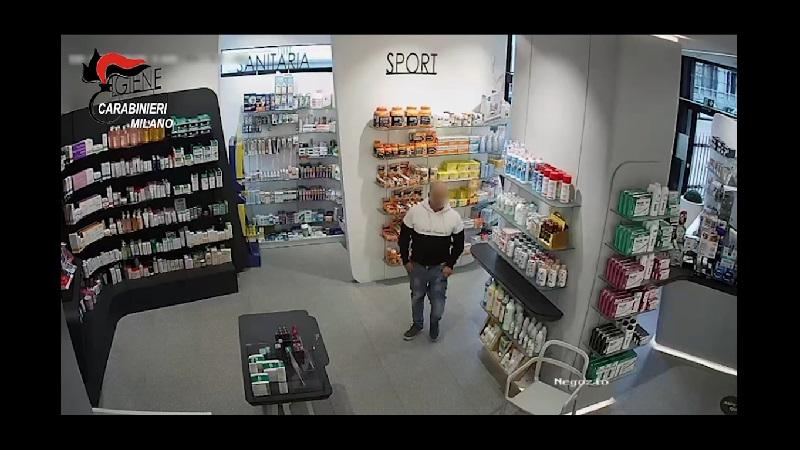 rapina farmacia