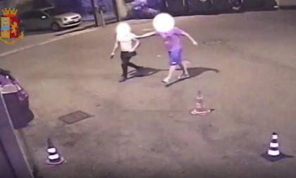 Spara colpi fuori dalla discoteca dopo una rissa: arrestato con due etti di cocaina