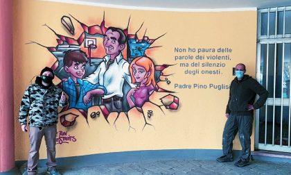 """Un murale per Padre Pino Puglisi a scuola: """"Simbolo di legalità indimenticabile"""""""