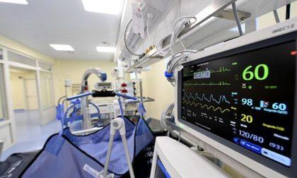 In terapia intensiva i ricoveri potrebbero essere il doppio rispetto ai bollettini ufficiali