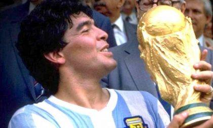 Morto Maradona: il mondo del calcio è in lutto