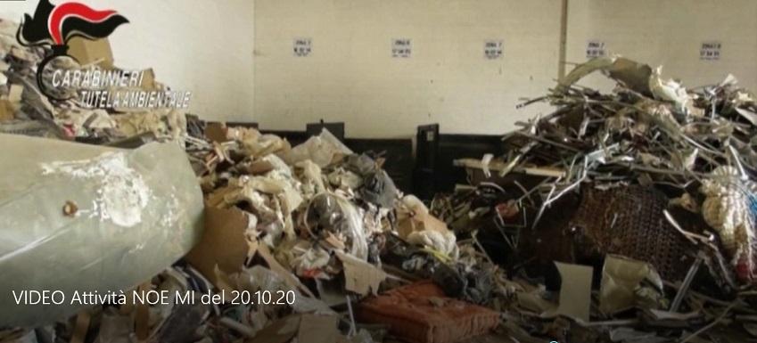 Discariche abusive traffico rifiuti