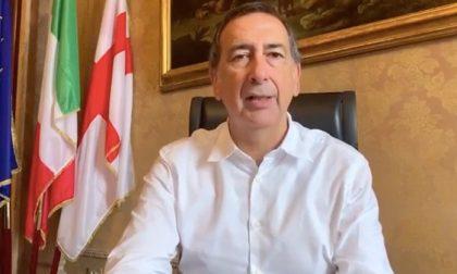 """Il sindaco Beppe Sala ai cittadini: """"Rimanete a casa il più possibile"""""""