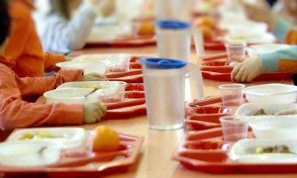 """Ora è ufficiale: nelle mense scolastiche nessun bambino """"moroso"""" rimarrà più senza pasto"""