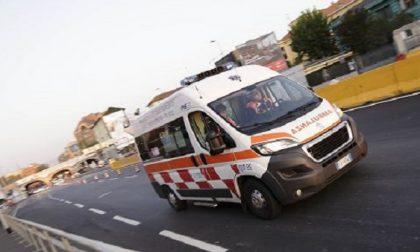 Due incidenti sulla tangenziale ovest: ferite 5 persone, tra cui una bambina di 5 anni