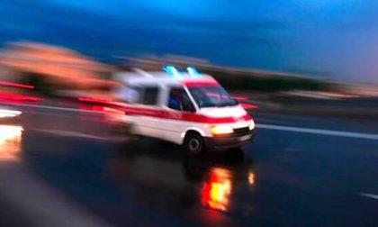 Aggressione in centro a Milano: accoltellato 23enne, è in condizioni gravissime