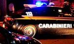 Calci e pugni in faccia alla compagna: 28enne fermato dai carabinieri