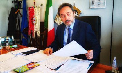 """Il sindaco replica alle accuse della Lega: """"Il banchetto? In aiuto dei cittadini"""""""