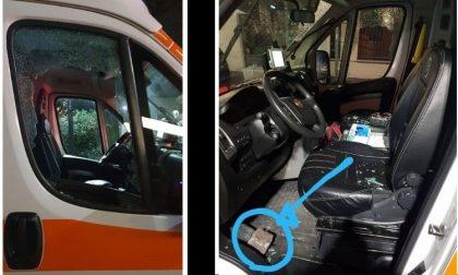 Un altro attacco alla Croce Verde Baggio: vetro dell'ambulanza sfondato con un mattone