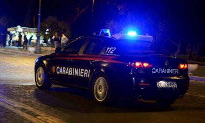 Rissa tra tre donne in strada: intervengono carabinieri e ambulanza