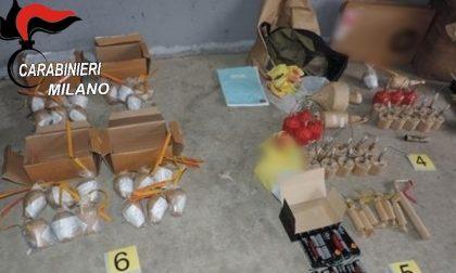 Un arsenale di fuochi d'artificio e petardi in box a Rozzano: denunciato 33enne