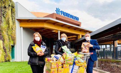 Fiordaliso dona 150 chili di cibo per gli animali dell'Oasi Smeraldino